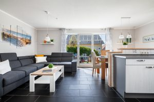 Grosser Wohnraum mit Essen und Kochen Ferienhaus Fehmarn