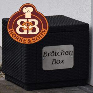 Brötchenbox vor dem Ferienhaus Müller Fehmarn
